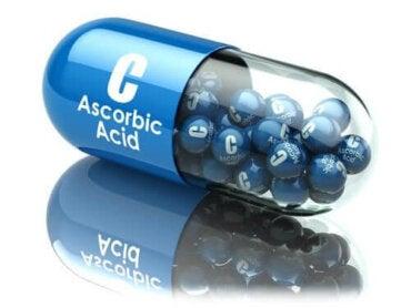 Аскорбиновата киселина: приложение и предимства