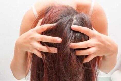 Грижа за косата с натурални средства
