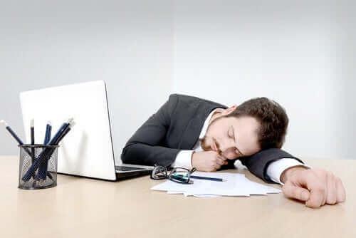 За да се справите с безсънието трябва да имате предвид факторите за появата му.