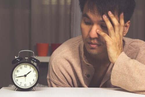 Научете всичко за различните видове безсъние