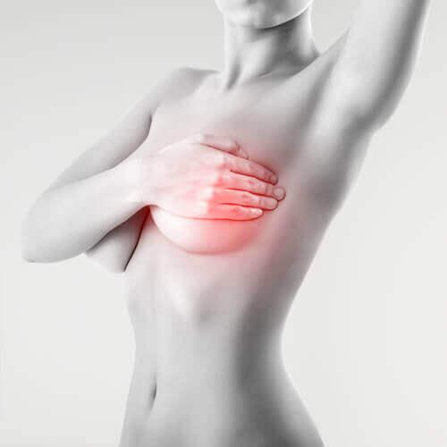Снимка на жена с рак на гърдата