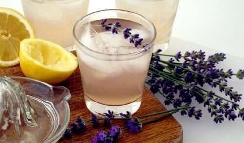 Чай от лавандула за успокояване на нервите