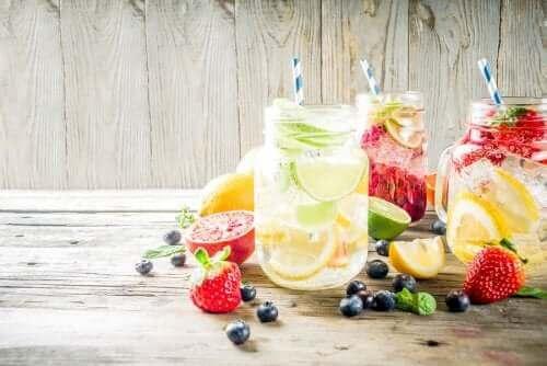 Напитки с плодови аромати: всичко, което трябва да знаете