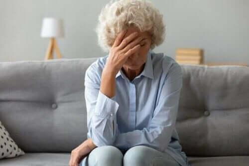 Умората е един от симптомите на рака на яйчниците.