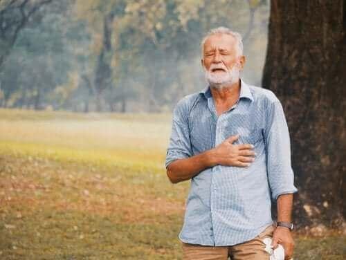 Кои са най-уязвимите хора към жегата?