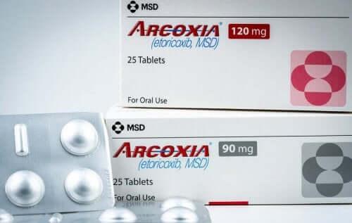 Еторикоксиб: всичко, което трябва да знаете за това лекарство