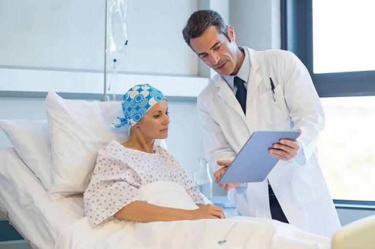 Какви са страничните ефекти от лечението на рака?