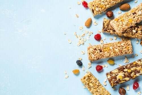 Как да направите безглутенови гранолови десертчета