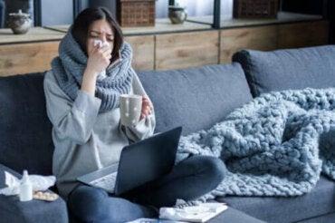 Защо грипът се разпространява повече през зимата