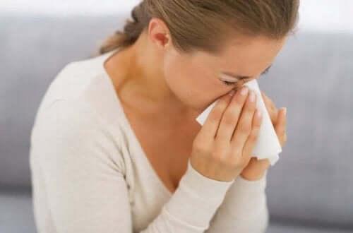 Алергиюни реакции и симптоми: кихаща вена