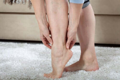Научете всичко за тежестта в краката