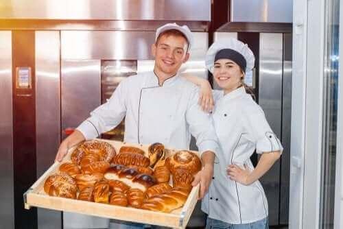 Производственият хляб: Защо трябва да го избягвате?