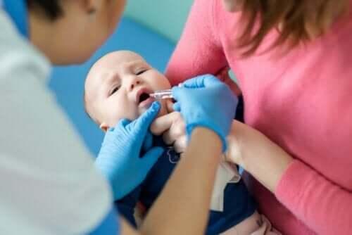 Различните видове полиомиелит и ваксиниране