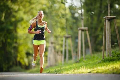 Физически упражнения и менструален цикъл