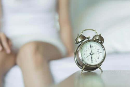 Часовник с аларма