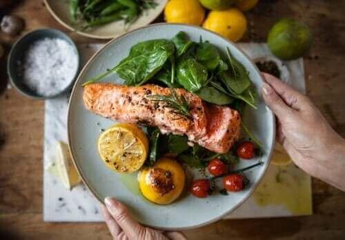 Ранната вечеря може да спомогне отслабването и да ви предпази от диабет