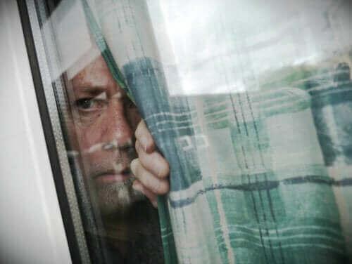 Кабинната треска: защо се появява?