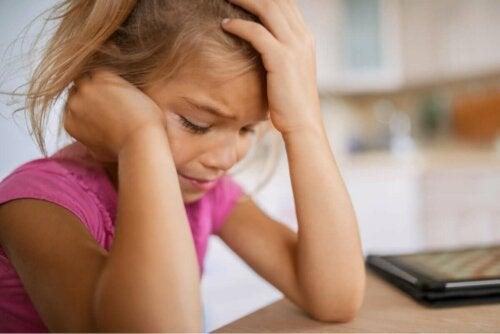 Заучената безпомощност и травмите в детството