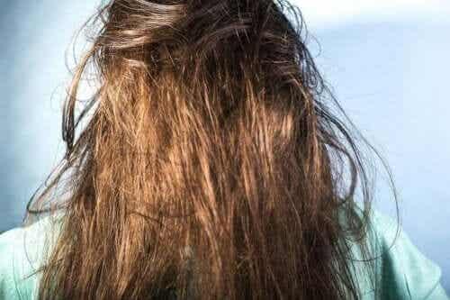 Полезные советы по мытью жирных волос
