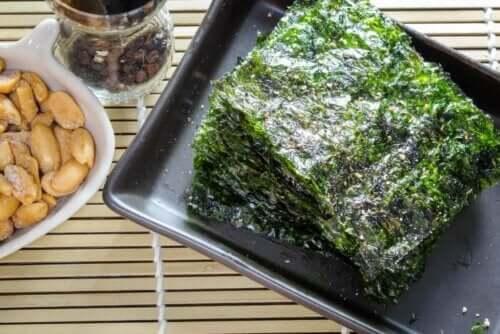 Приготвяне на ястието поке